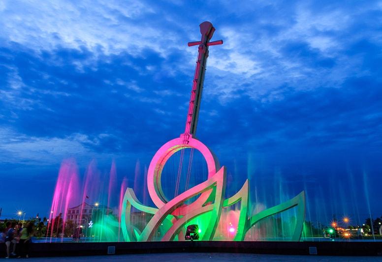 Địa điểm ăn uống vui chơi tham quan du lịch khách sạn nhà nghỉ phương tiện đi lại Bạc Liêu