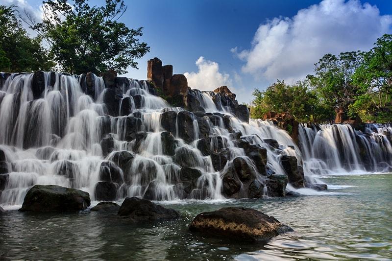 Địa điểm ăn uống vui chơi tham quan du lịch khách sạn nhà nghỉ phương tiện đi lại Đồng Nai